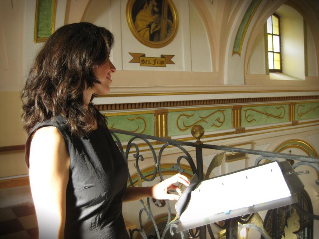 soprano para misa de funeral,cantante boda, soprano para bodas religiosas, soprano ceremonia religiosa, soprano iglesia, soprano funeral