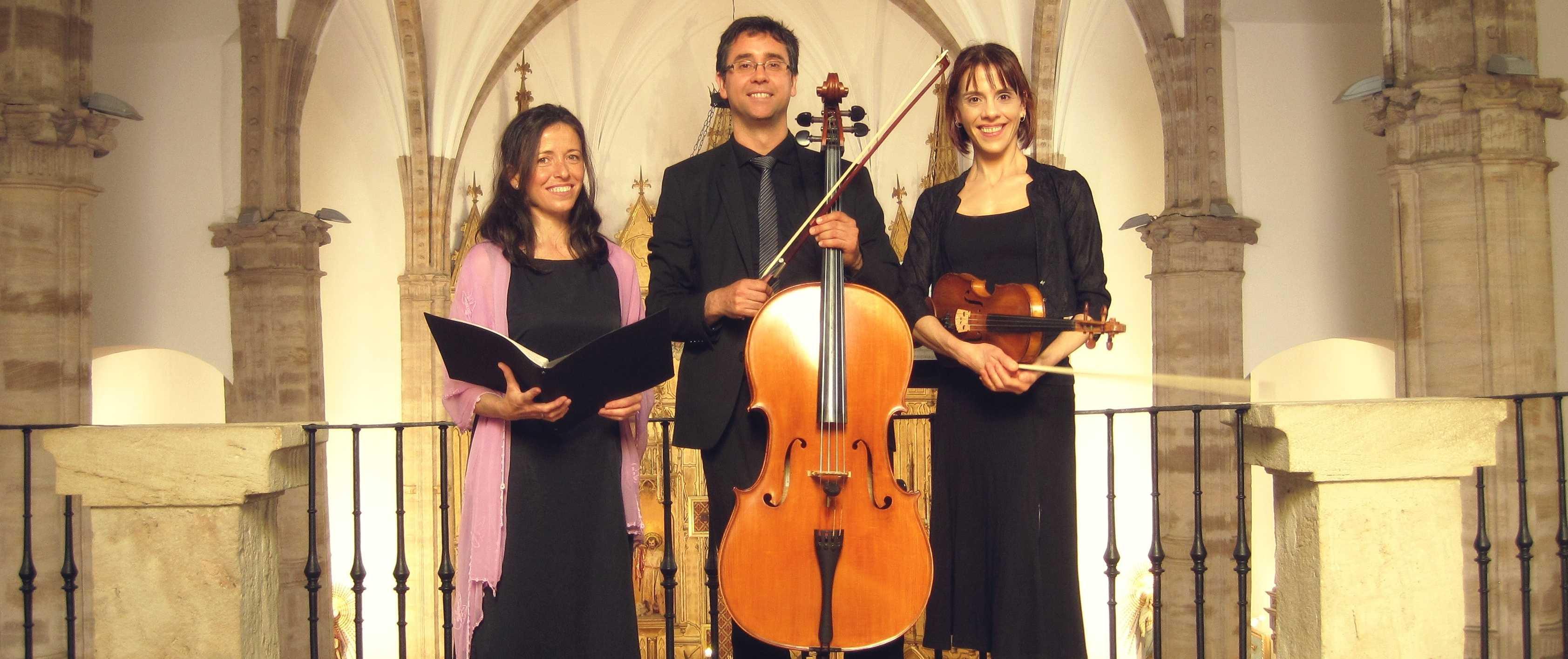 soprano para bodas y violines boda religiosa, soprano para misa de funeral, soprano funerales, soprano ceremonia religiosa